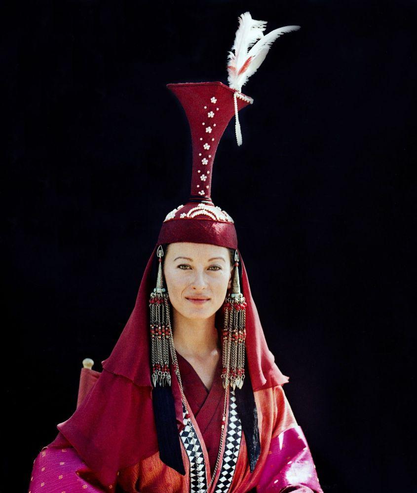 Атактуу актриса Жулия Никсон 1990-жылдардын башында Кыргызстанда мейман болуп тасмага түшкөн