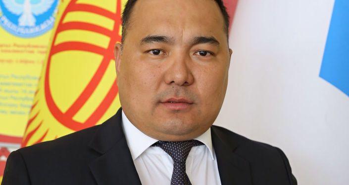 Новый вице-мэр Марс Исаев во время совещания. 06 сентября 2021 года