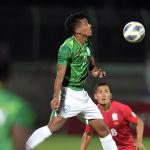 В начале матча бангладешцы еще сдерживали атаки соперников