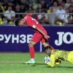 Несмотря на героизм бангладешского голкипера, кыргызстанцы смогли четыре раза поразить его ворота
