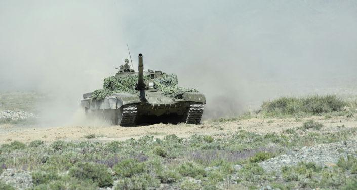 Танк во время учений Рубеж-2021 в Иссык-Кульской области. 09 сентября 2021 года