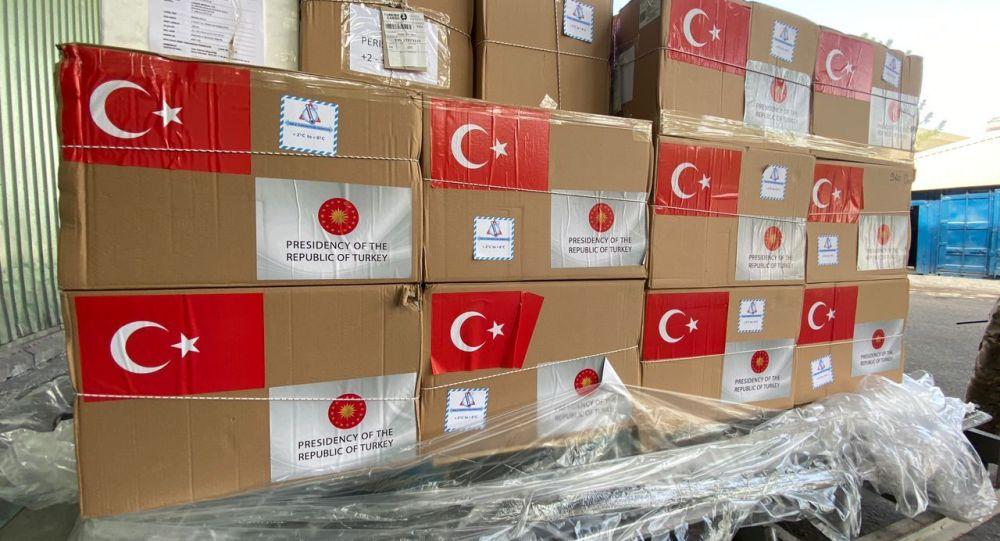 Бүгүн, 9-сентябрда, Кыргызстанга Түркиядан 150 миң доза Sinovac вакцинасы алып келинди