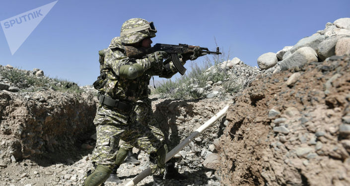 Солдаты во время учений Рубеж-2021 в Иссык-Кульской области. 09 сентября 2021 года