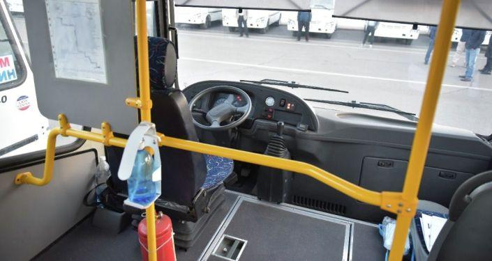 210 автобусов с газомоторными двигателями, не вредящих экологии привезли в Бишкек. 11 сентября 2021 года