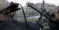 Добыча угля из шахты. Архивное фото