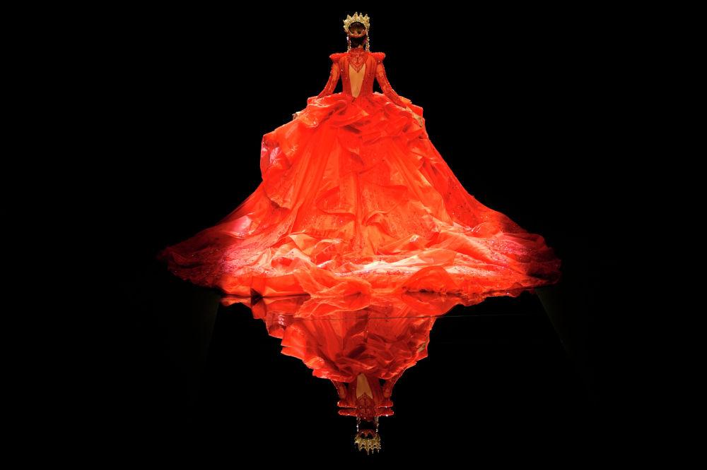 Пекиндеги (Кытай) мода жумалыгынан бир көрүнүш