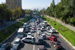 Бишкектеги Абдрахманов көчөсүндөгү ири автоунаа тыгын