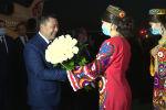 Мамлекет башчысын траптан Тажикстандын премьер-министри Кохир Расулзода тосуп алды. Жапаров ЖККУнун жамааттык коопсуздук кеңешинин сессиясына жана ШКУга мүчө-мамлекеттердин башчыларынын отурумуна катышат.