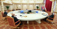 Душанбе шаарында өтүп жаткан Жамааттык коопсуздук кеңешинин (ЖККУ) сессиясы