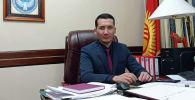 Директор Государственного учреждения Унаа Рустам Джокоев в рабочем кабинете
