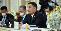 Президент Кыргызстана Садыр Жапаров на заседании Совета глав государств-членов ШОС в Душанбе