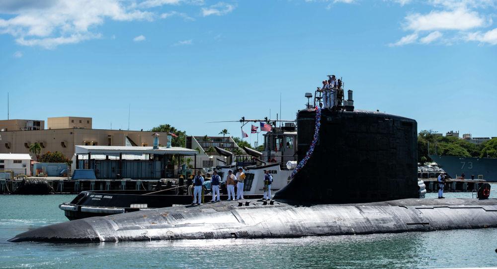 Атомная ударная подводная лодка класса Вирджиния в составе ВМС Соединенных Штатов SS Illinois. Архивное фото