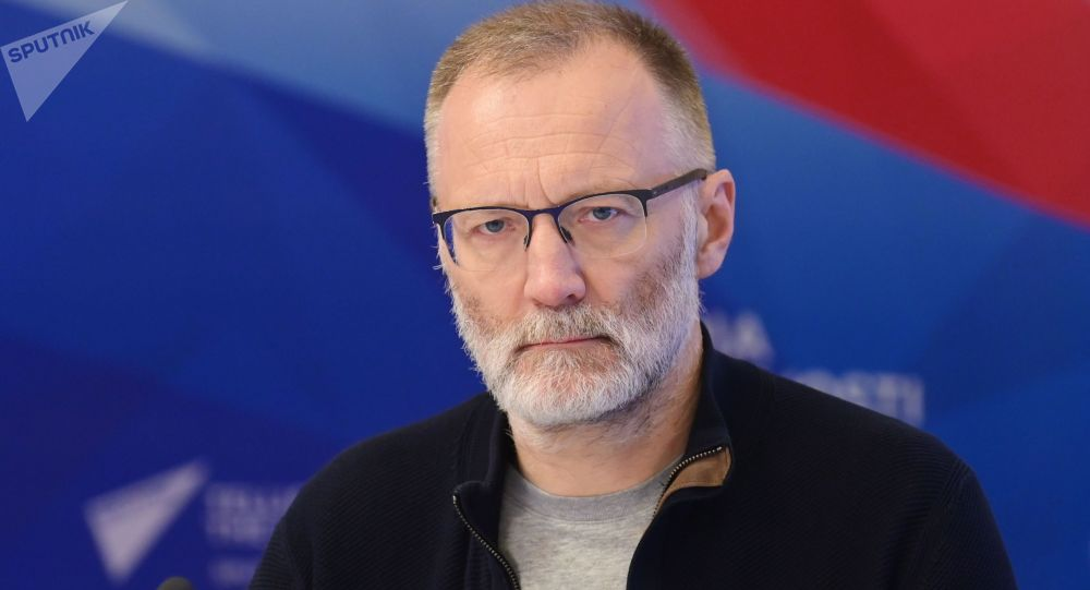 Российский политический эксперт Сергей Михеев. Архивное фото