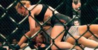 Абсолютный бойцовский чемпионат (UFC) опубликовал на своем YouTube-канале проморолик к поединку Валентины Шевченко с американкой Лорен Мерфи.