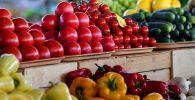 Овощи на прилавке. Архивное фото