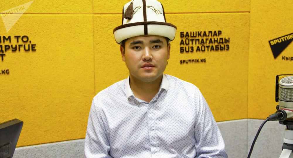 Манас театрынын жетекчиси Азиз Биймырза