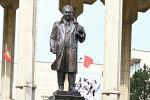 Бишкекте академик Кусеин Карасаевдин эстелигинин ачылышы