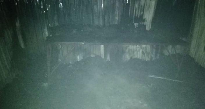 Крупный пожар на рынке Кыял, площадью 100 квадратных метров произошел в Бишкеке. 30 сентября 2021 года