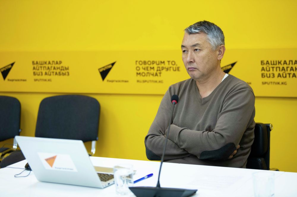 Заместитель министра цифрового развития АсельКененбаева рассказала на брифинге о реализации проекта и ответила на вопросы журналистов.