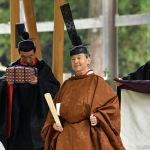 Японский император Нарухито во время ритуала, завершающего серию обрядов для восшествия на трон