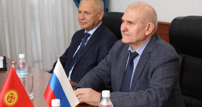 Министр иностранных дел России Николай Удовиченко во время встречи с послом Кыргызстана. 09 октября 2021 года