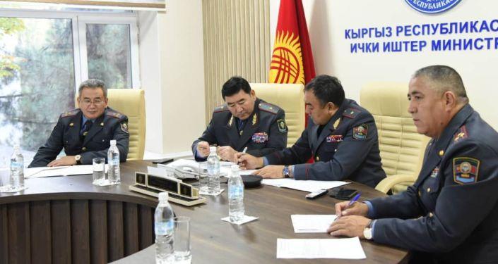 В МВД обсудили вопросы подготовки к предстоящим выборам в Жогорку Кенеш