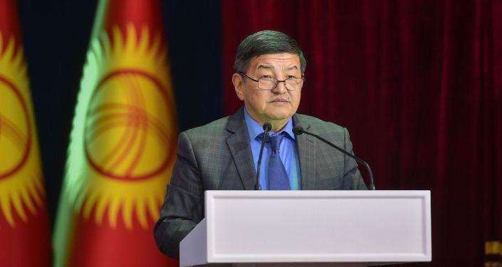 Председатель Кабинета Министров Кыргызстана Акылбек Жапаров в рамках своей поездки в Баткенскую область принял участие в работе инвестиционного форума Развитие Баткена – развитие страны