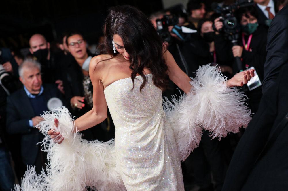 Амаль Клуни на Лондонском кинофестивале.  10 октября 2021 года