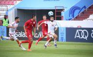 Олимпийская сборная Кыргызстана по футболу (U-23) во время игры с командой ОАЭ