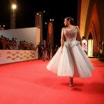 Тунистик актриса Дорра Заррук кинофестивалдын кызыл килеминде