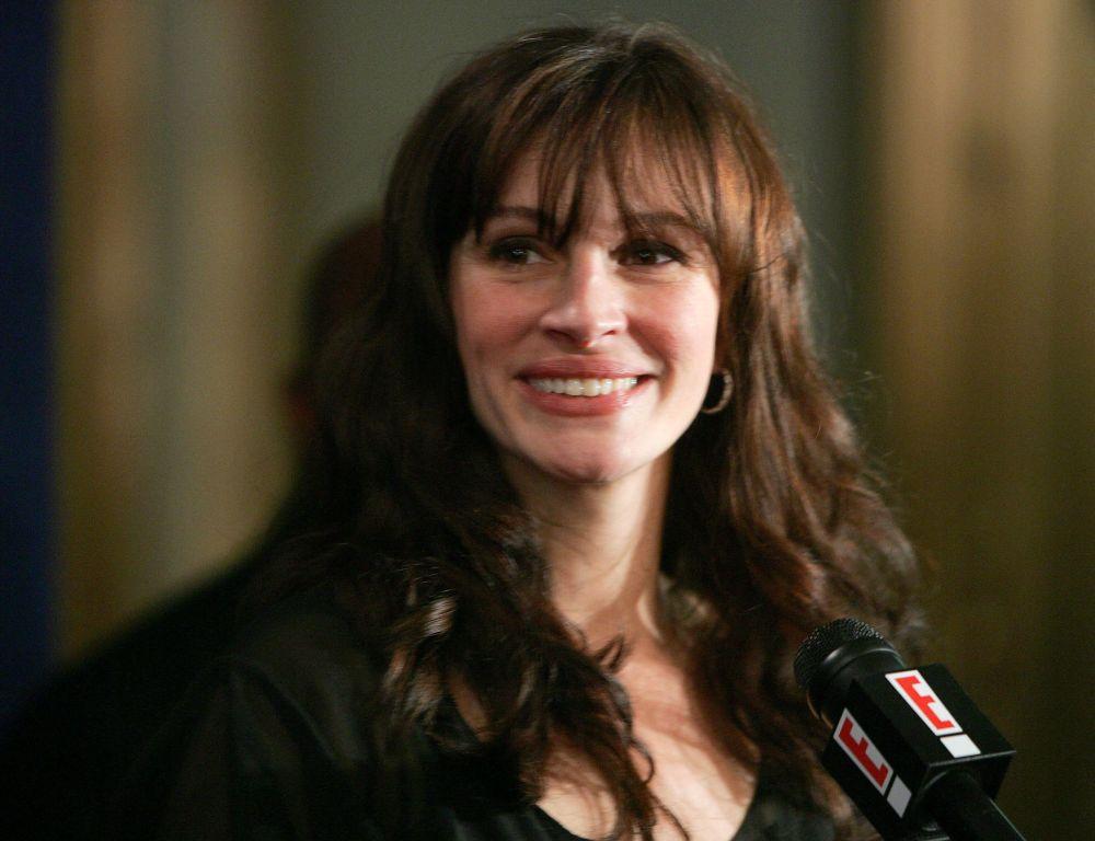 Актриса Джулия Робертс на вечеринке по случаю открытия Трех дней дождя на 23-й улице Чиприани в Нью-Йорке. 19 апреля 2006 года