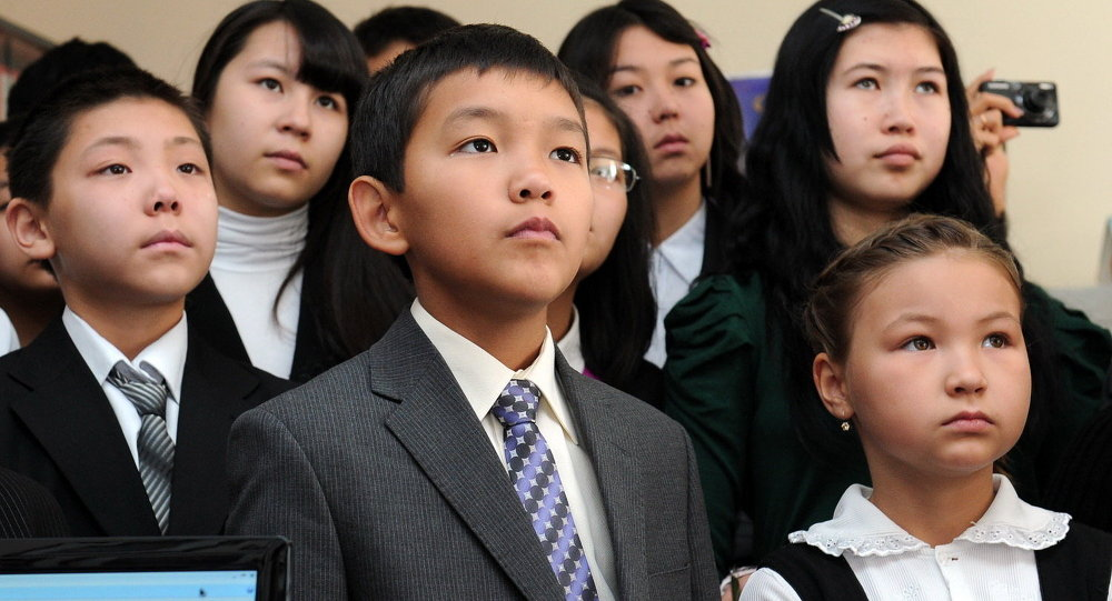 Школьники Кыргызстана посетили музеи МВД и ГУВД
