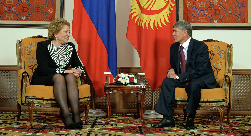 Встреча Валентины Матвиенко и Алмазбек Атамбаева в Бишкеке
