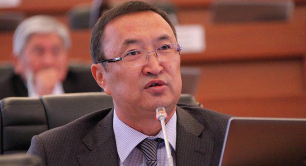Жогорку Кеңештин мурдагы депутаты Нурлан Сулаймановдун архивдик сүрөтү