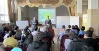Более 50 учителей физики обучались по образовательным стандартам РФ