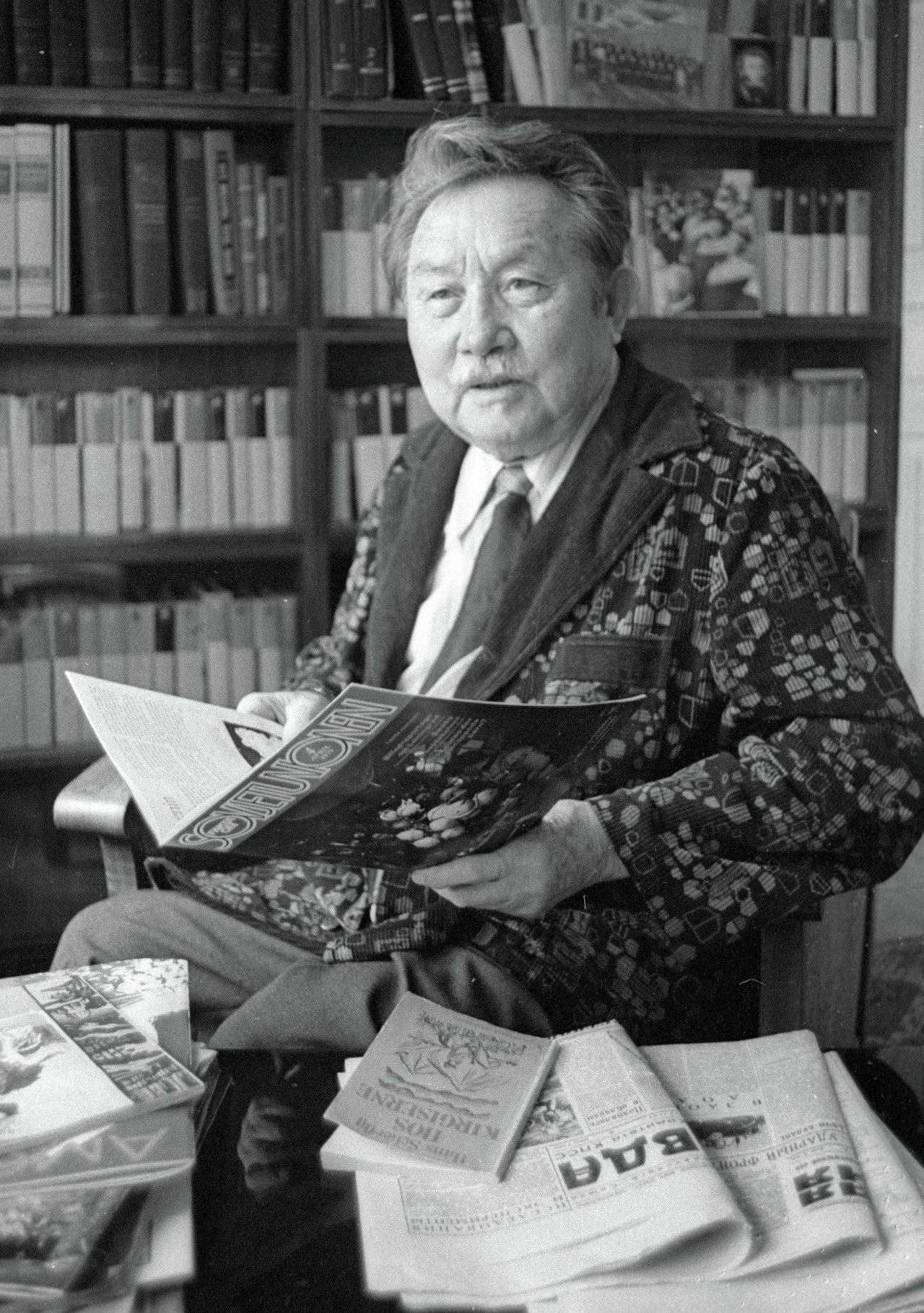 Писатель Аалы Токомбаев