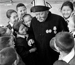 Манасчы Саякбай Каралаев. Архив