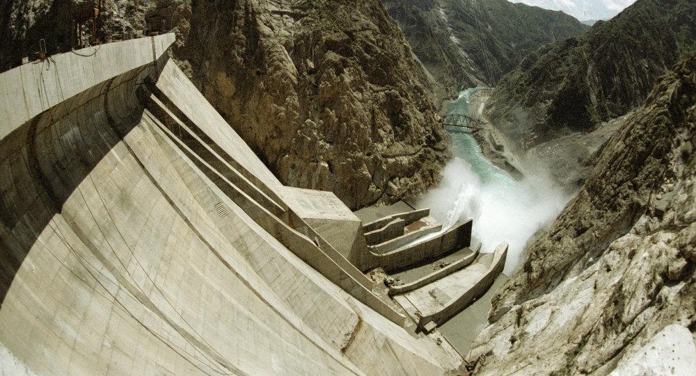 Плотина Токтогульской ГЭС