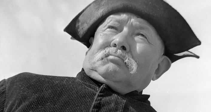 Народный артист Киргизской ССР Саякбай Каралаев. Архивное фото