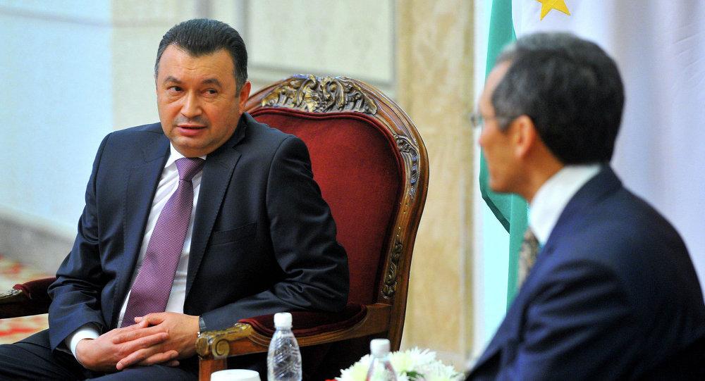 Джоомарт Оторбаев переговорил с Кохиром Разулзодой.
