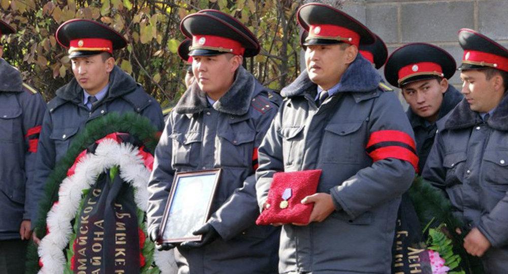 В Бишкеке погиб оперуполномоченый ГУВД Бакай Сыдыгалиев