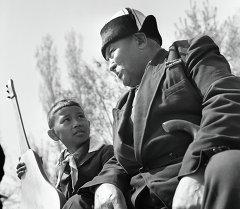 Саякбай Каралаев Молождан Токтогулов