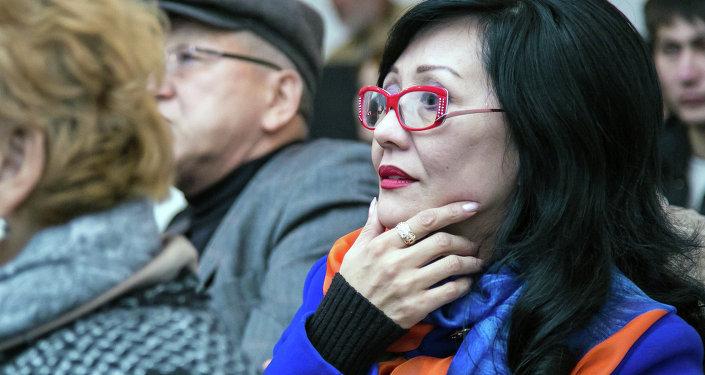 Шаиргуль Касымалиева в доме кино