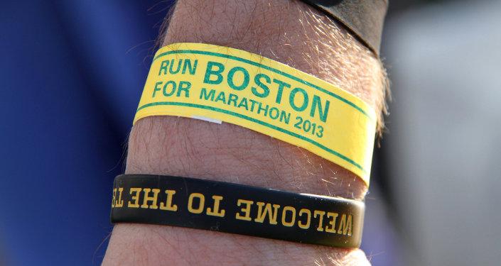 Браслет участника бостонского марафона