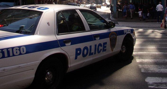 Полицейская машина на улице Нью-Йорка