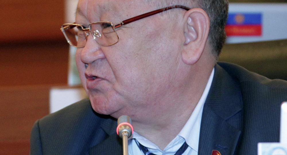 Депутат фракции Ар-Намыс, Каныбек Осмоналиев