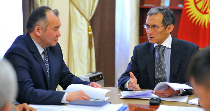 Джоомарт Оторбаев провел рабочее совещание по итогам работы распределительных электрокомпаний
