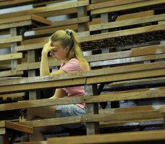 Абитуриент во время вступительного экзамена. Архивное фото