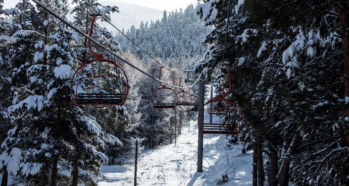 Караколдогу лыжа базасы. Архивдик сүрөт