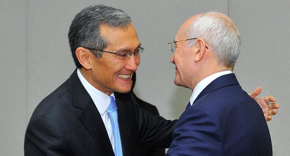Премьер-министр Джоомарт Оторбаев и Президент Республики Башкортостан Рустэм Хамитов обсудили вопросы сотрудничества